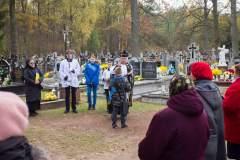 Dzien-Zaduszny-i-cmentarz-noca-Rudka-2019-11